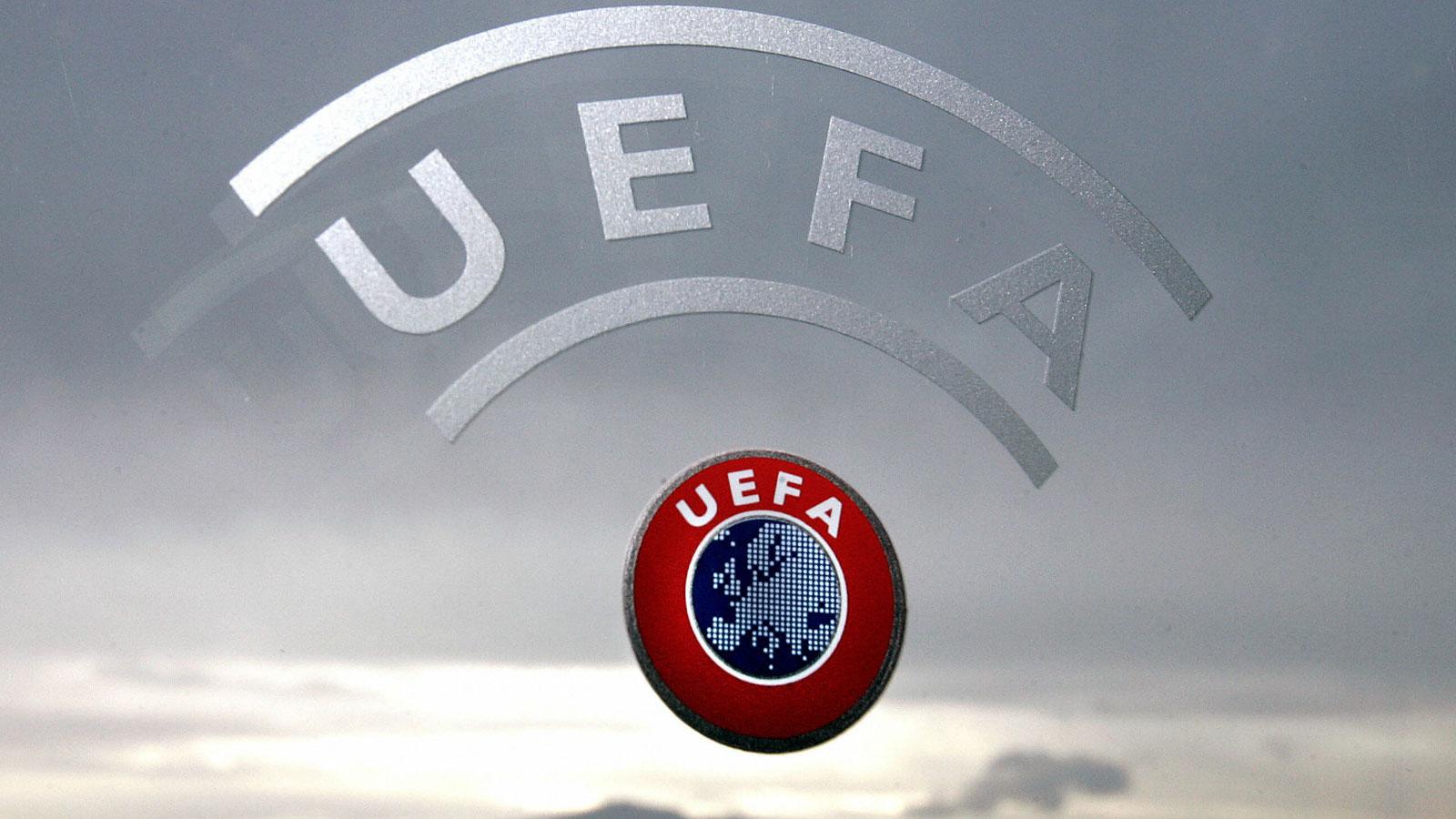 UEFA pétition hommage